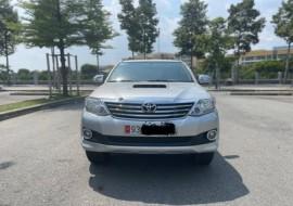 Toyota Fortuner 2013 Số sàn Máy Dầu Quá Mới