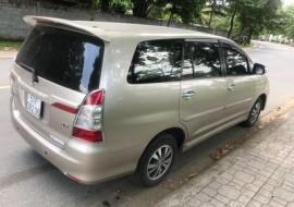 Toyota Innova 2016 Số sàn 8 chỗ gia đình